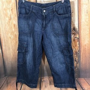 🔥Eddie Bauer Crop Cargo Jean Medium Wash Cotton